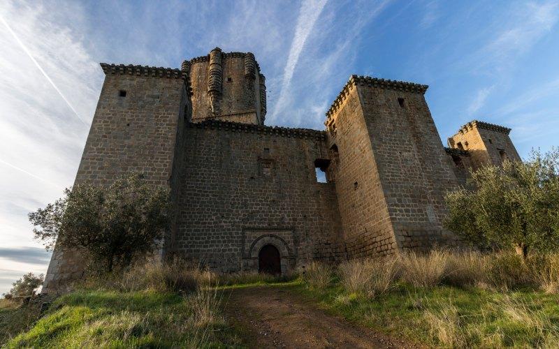 Una entrada al castillo de Belalcázar