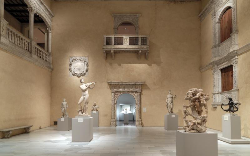 Galerias del Patio de Honor de Vélez-Blanco en Nueva York
