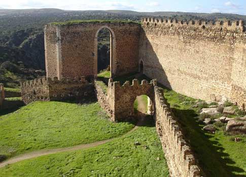 castillo puebla montalban