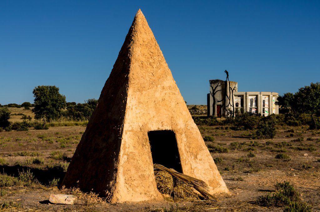 Cementerios más curiosos de España Cementerio Arte Morille