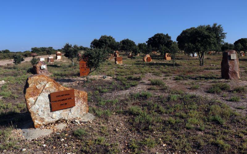 Tumbas en el Cementerio de Arte de Morille
