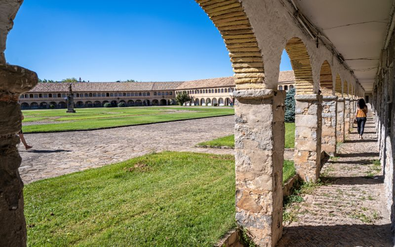 Plaza de armas de la ciudadela de Jaca o Castillo de San Pedro