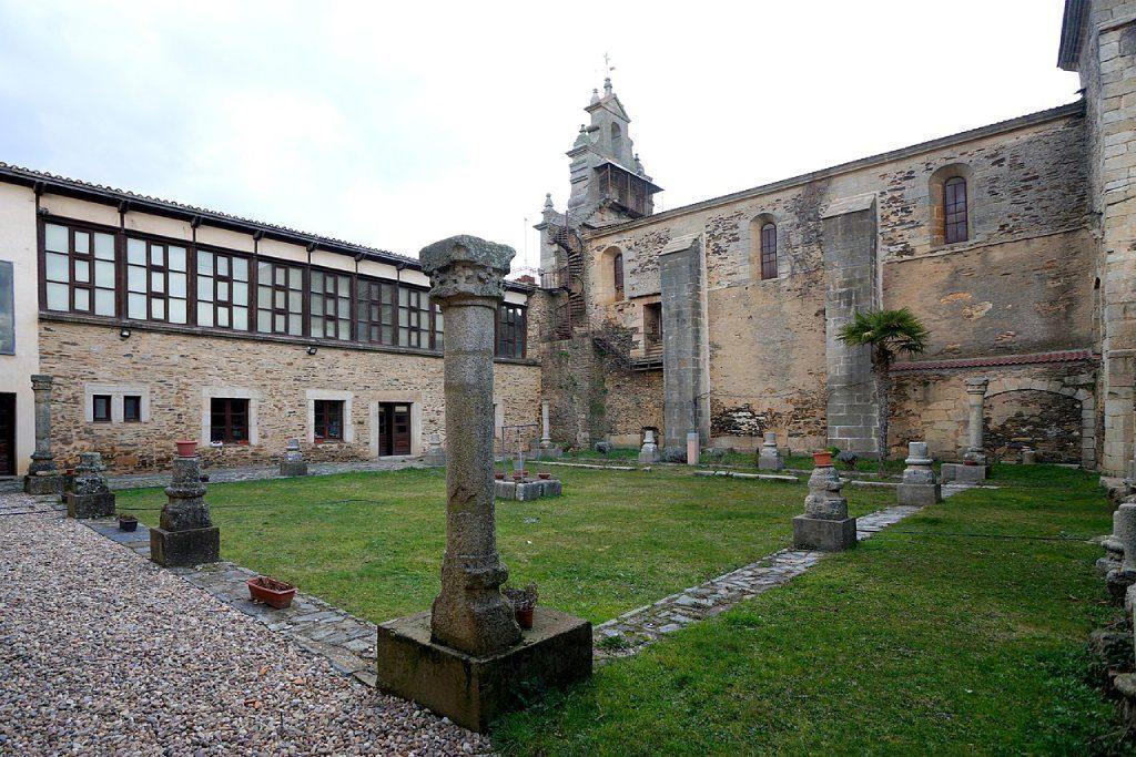 Claustro del Convento de San Francisco en Alcañices