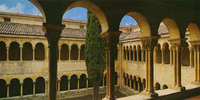 Claustro románico que hay que ver en Santo Domingo de Silos