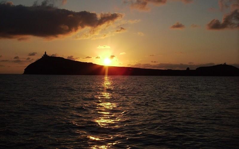 Puesta de sol en las islas Columbretes
