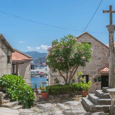 Galicia exigirá datos de contacto y planes de viaje a los turistas de zonas con rebrotes