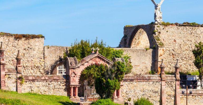 Cementerio Gótico de Comillas, siniestra belleza   El Rincón del Finde