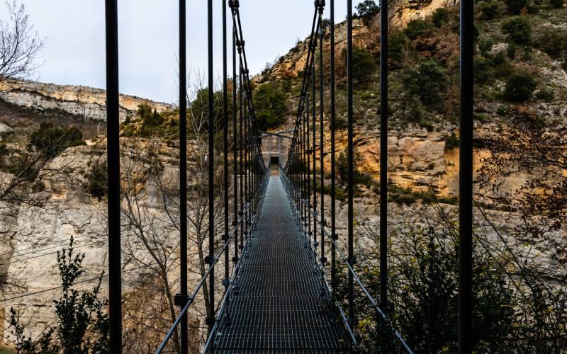 Puente colgante en el Congost de Mont-Rebei