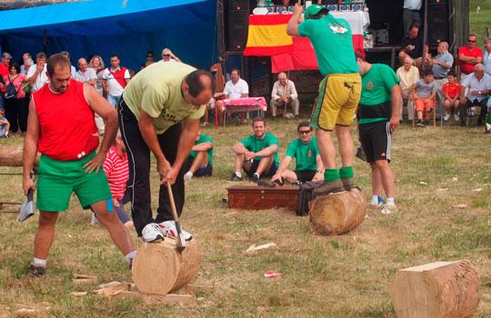 corte-de-troncos-deportes-tradicionales-cantabros