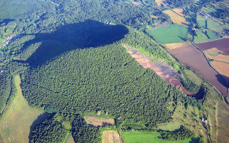 Volcan Croscat y sus Gredales
