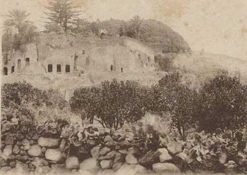 foto antigua Cueva Frailes