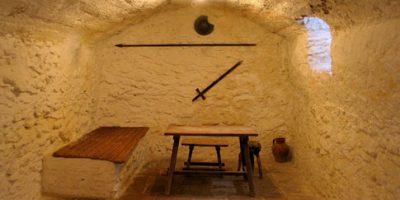 Prisión, según la tradición, de Cervantes en La Cueva del Medrano