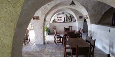 comer alcala jucar restaurante cuevas masago