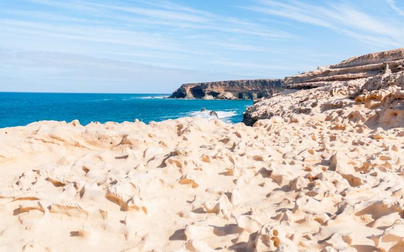 Cuevas de Ajuy desde el litoral
