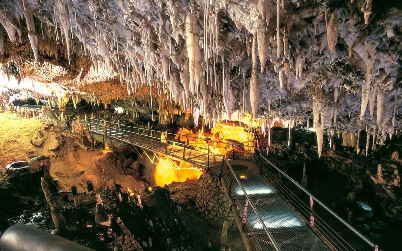 Cuevas en España