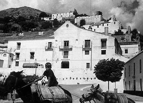 foto antigua fabrica miel cana frigiliana