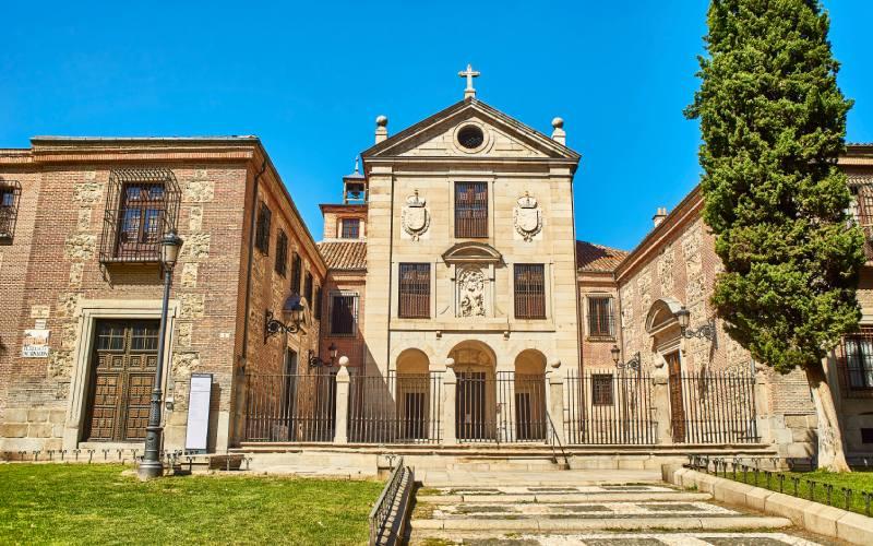 Fachada del monasterio de la Encarnación de Madrid