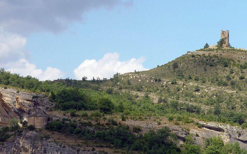Ermita de Nuestra Señora del Congost y torreón de Chiriveta en Mont-Rebei
