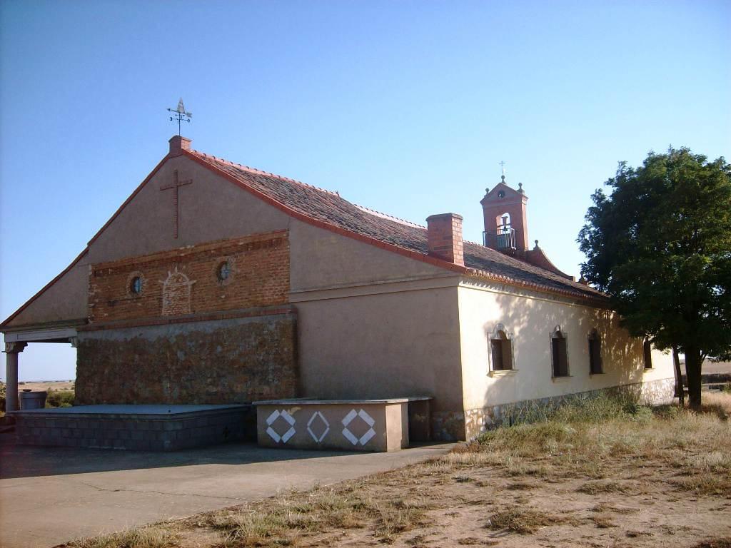 Ermita de Valhunco en Villanueva del Campo