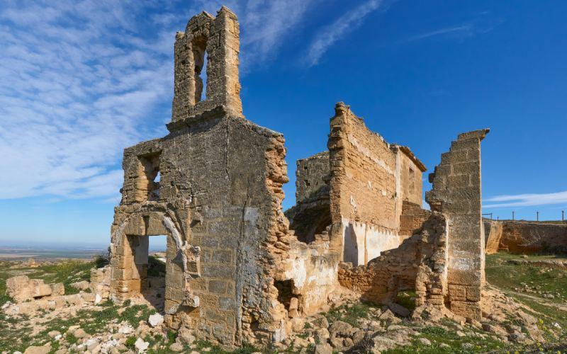 Foto 7:Ruinas de la Ermita de la Vía Sacra, situada en las canteras de Osuna, Sevilla