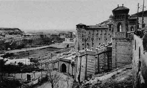 Foto antigua de la Escalinata de Teruel
