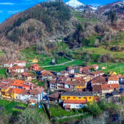 Espinaréu, la parroquia más tradicional de Asturias