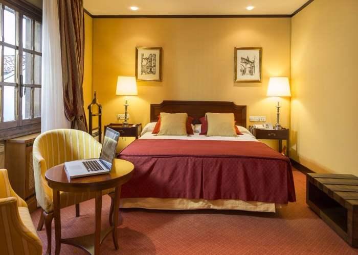 dormir oviedo eurostars hotel reconquista