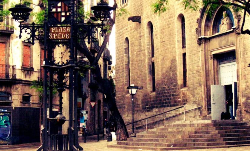 fantasmas-en-barcelona-825x500
