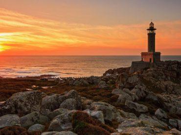 Los grandes focos de O Camiño dos Faros en la Costa da Morte