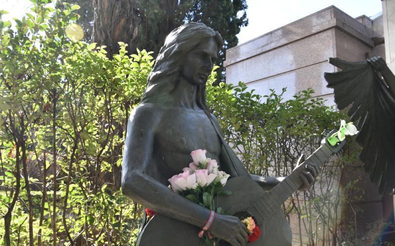 Escultura de Antonio Flores