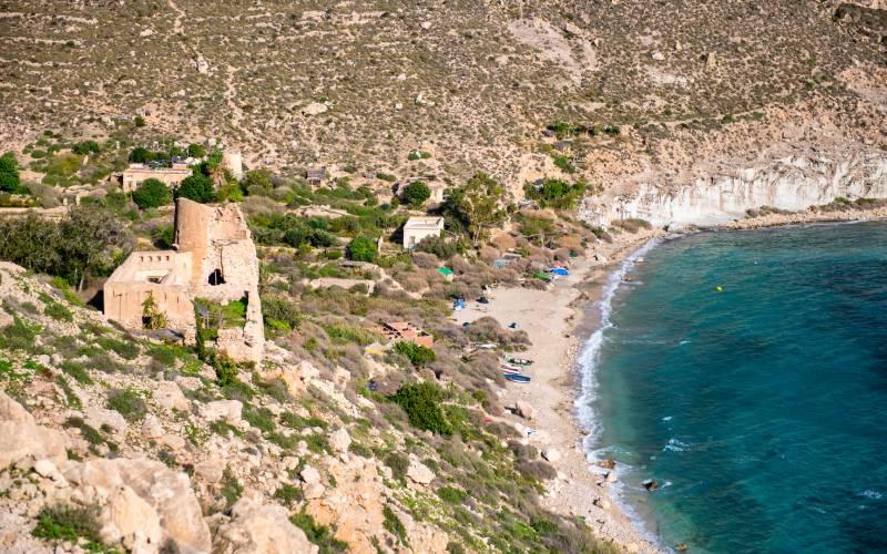 Castillo y Cala de San Pedro