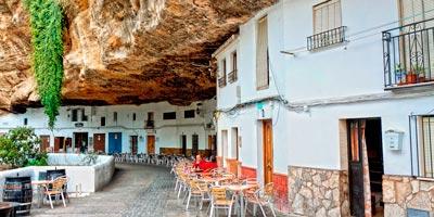 """""""Abrigos bajo roca"""" en Setenil de las Bodegas"""
