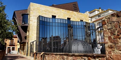 https://espanafascinante.com/wp-content/uploads/galeria_andalucia_jaen_bailen_museo-de-la-batalla-de-bailen_BI.jpg