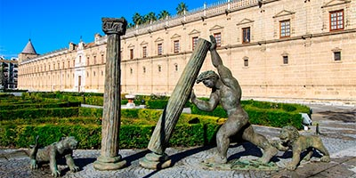 estatua hercules sevilla