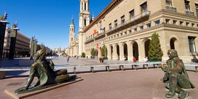 Plaza del Pilar, de lo mucho que ver en Zaragoza