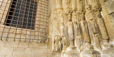 Pórtico Iglesia de San Esteban en Sos del Rey Católico
