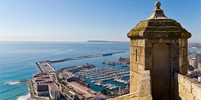 Vistas desde el Castillo de Santa Bárbara en Alicante