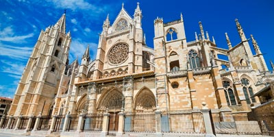 Portada principal de la Catedral de León
