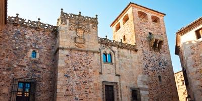palacio golfines Cáceres