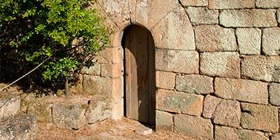 puerta medieval ribadavia