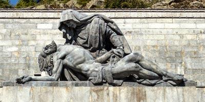 escultura valle caidos