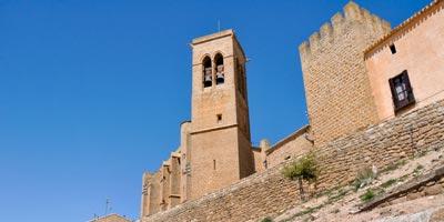 Iglesia de San Saturnino en Artajona
