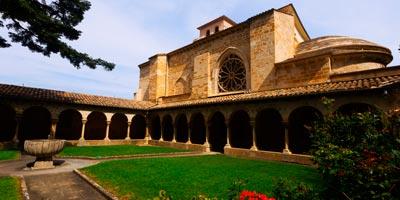 Iglesia de San Pedro de la Rúa, cisterciense, en Estella