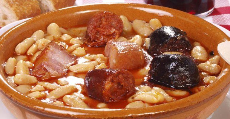 Platos tradicionales: Fabada Asturiana