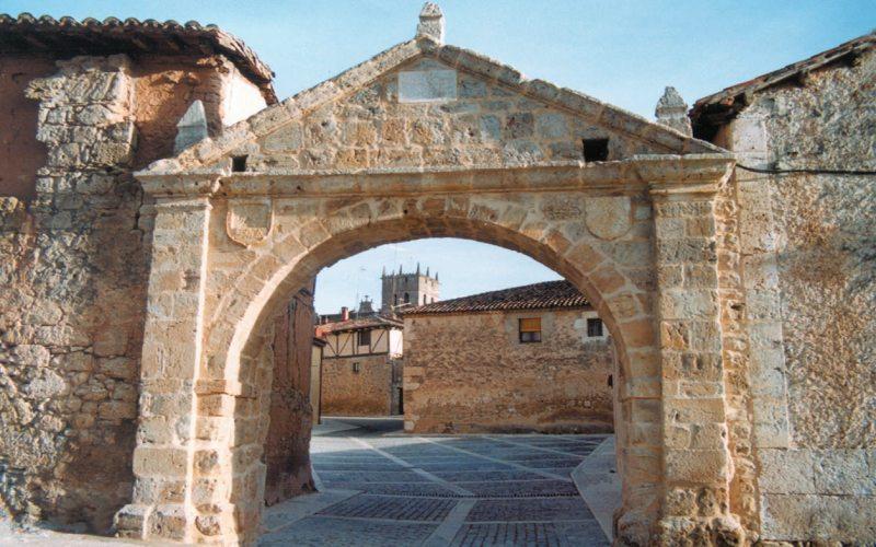 Arco de los Mesones