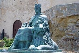 estatua de sancho iv en tarifa