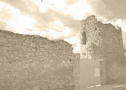 Torreón de la Puerta Salinera en Cifuentes