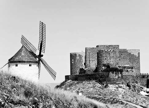 Vista antigua del Castillo de la Muela en Consuegra