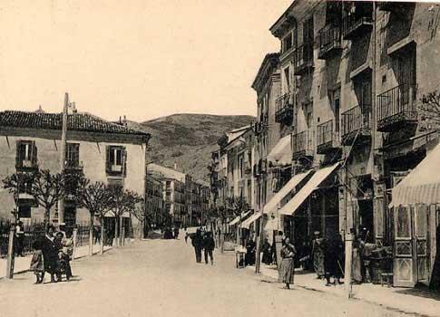 Vista antigua de la Plaza de Canovas en Cuenca