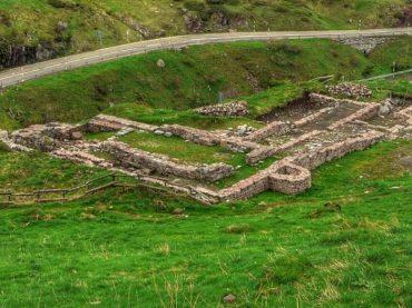Las ruinas de Santa Cristina de Somport, uno de los tres grandes hospitales sagrados del medievo